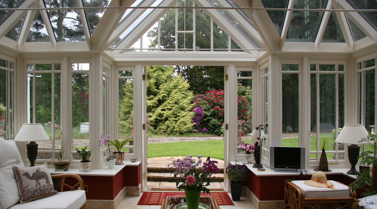 conservatory with gable entrance