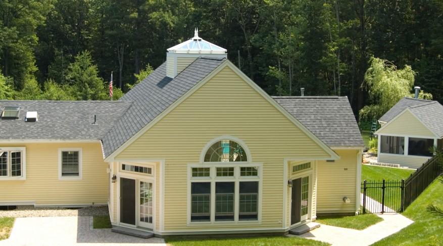 Ridge mounted pool skylight
