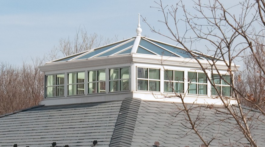 square skylight with side frames