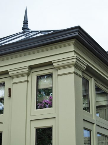 conservatory molding and pilaster